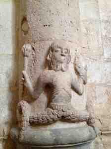 Sirena bicaudata e barbuta (Cattedrale di Bitonto)