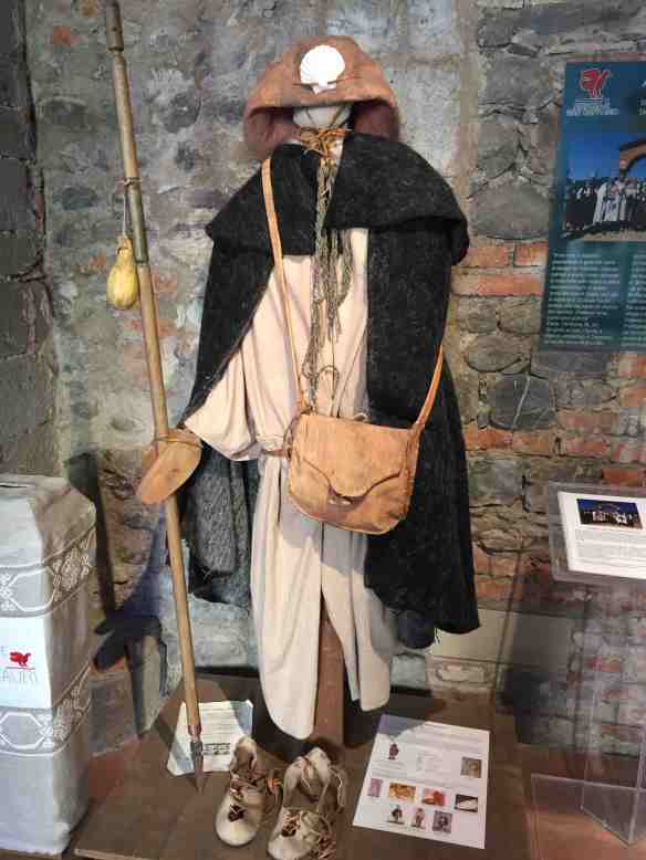 L'abito del pellegrino francigeno